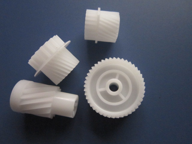 Custom CNC machining POM Gear Parts