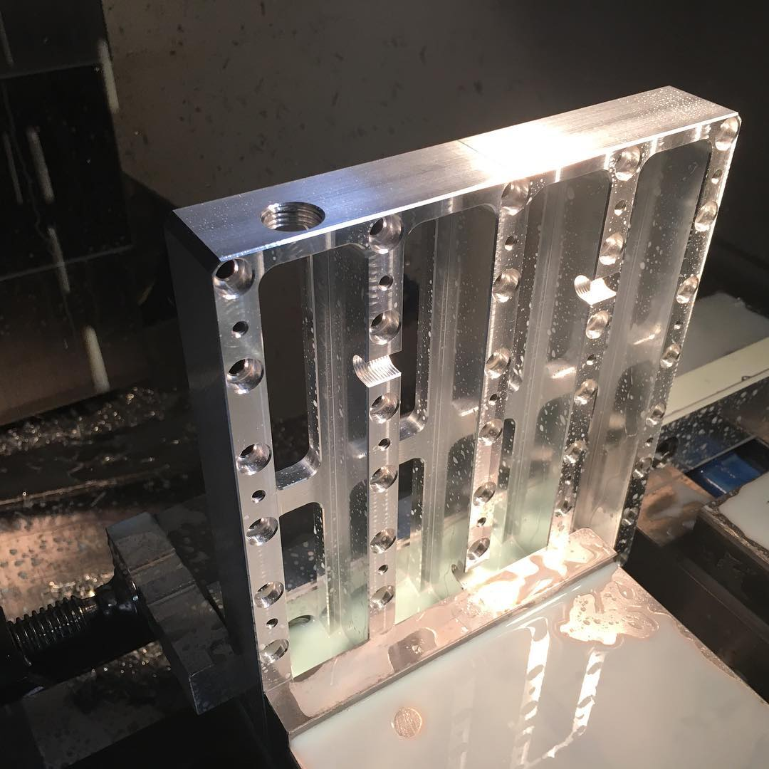 Milling the billet structure